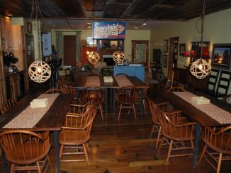 Red bluff lodge dining room 01