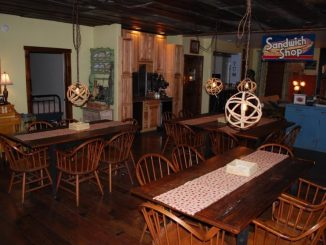 Red bluff lodge dining room 02